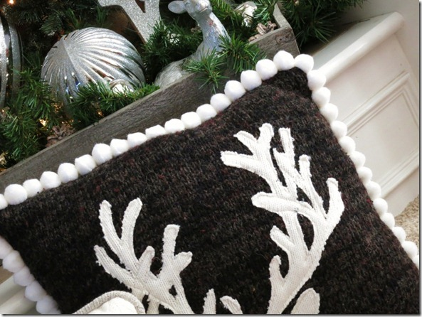 Upcycle Sweater Deer Pillow1